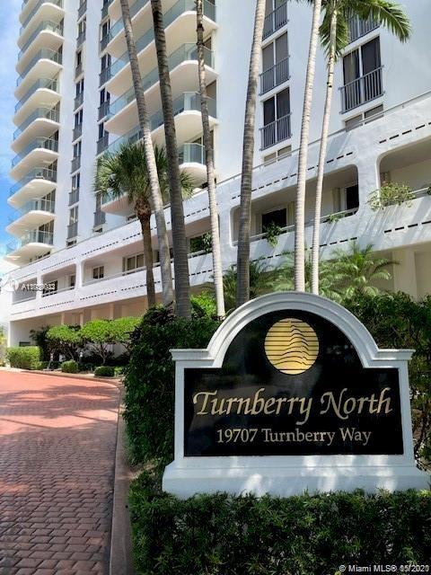 19707  Turnberry Way   11a-b Sqt 3044