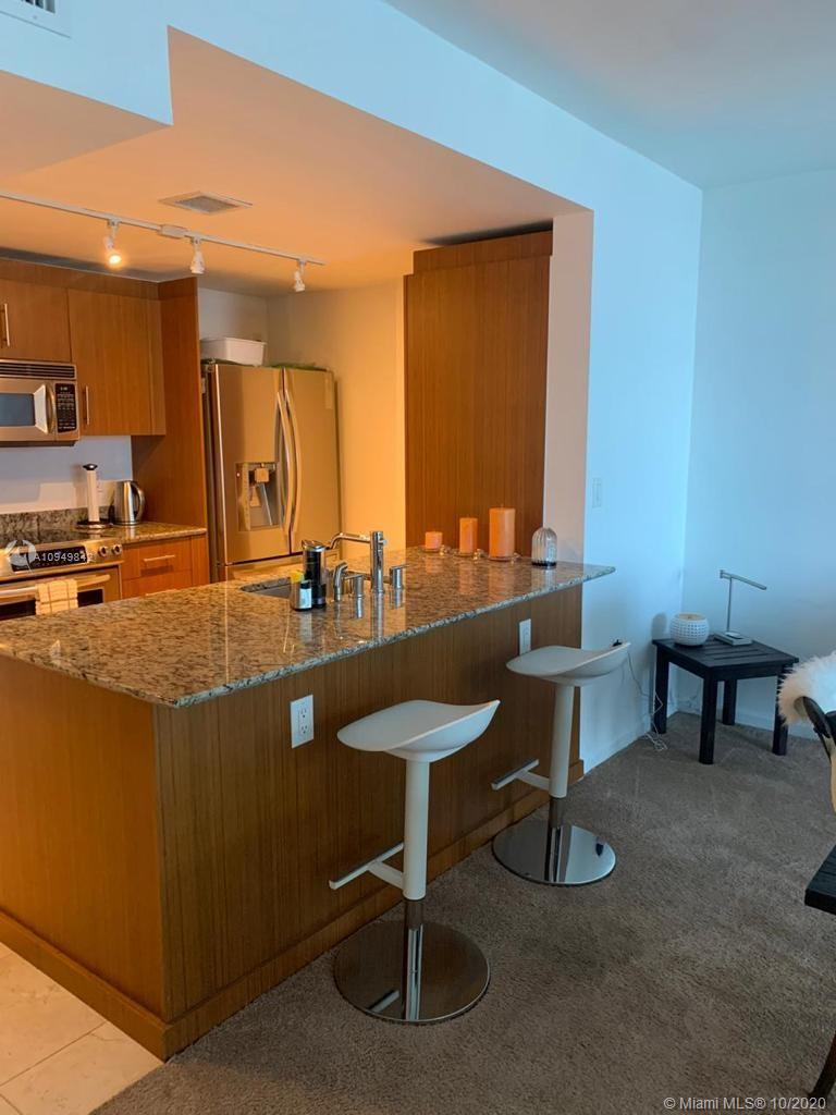 10275  Collins Ave   607