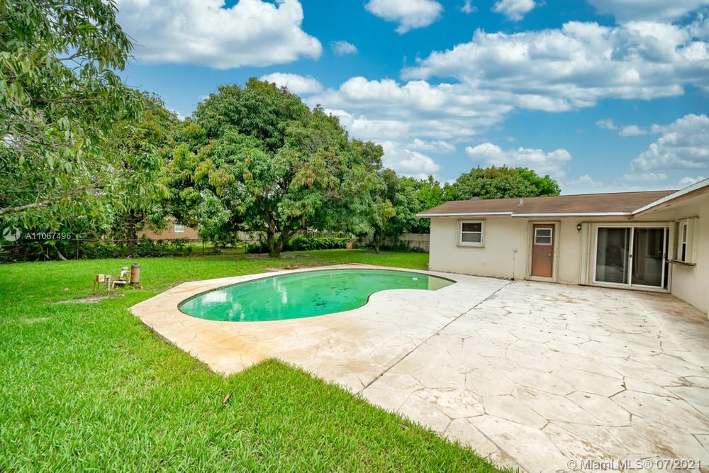 4360 Nw 16th Street  4360