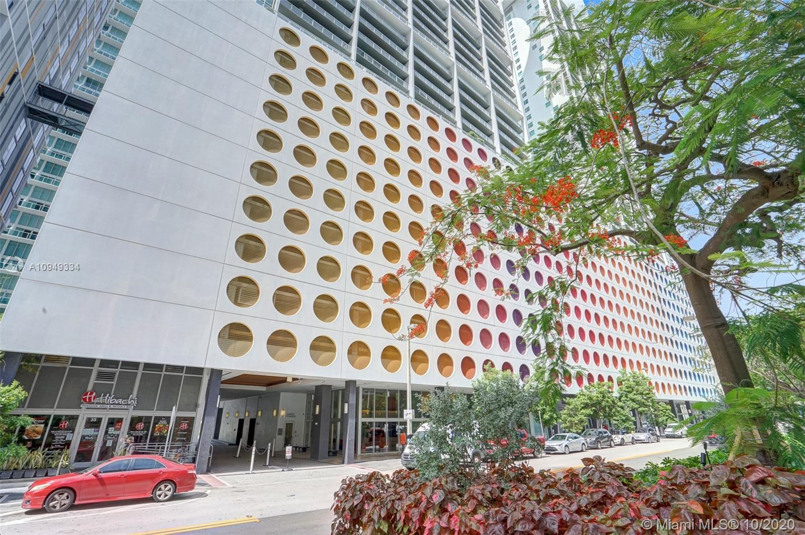 500  Brickell Ave   Lph-05