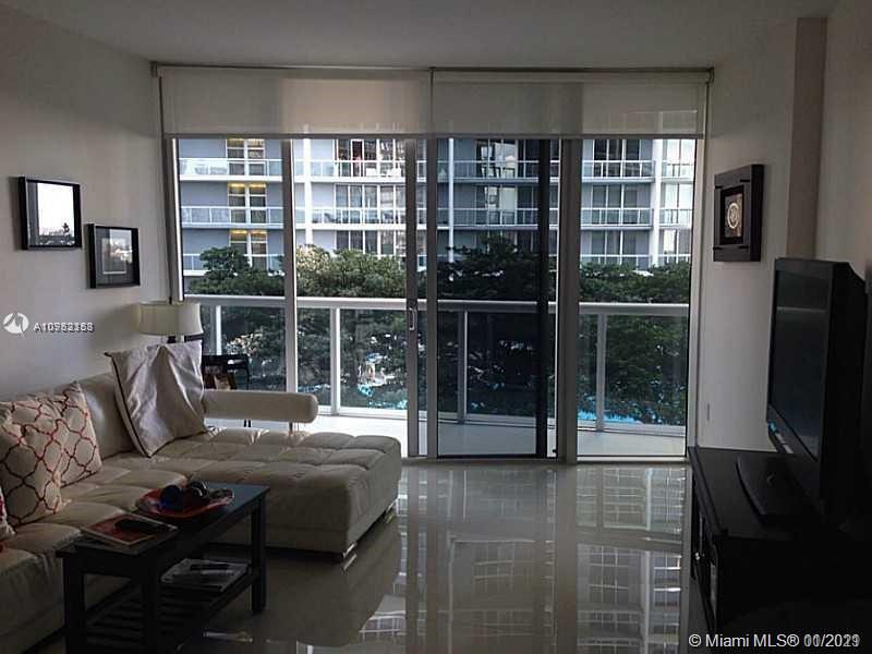 495  Brickell Ave   1606
