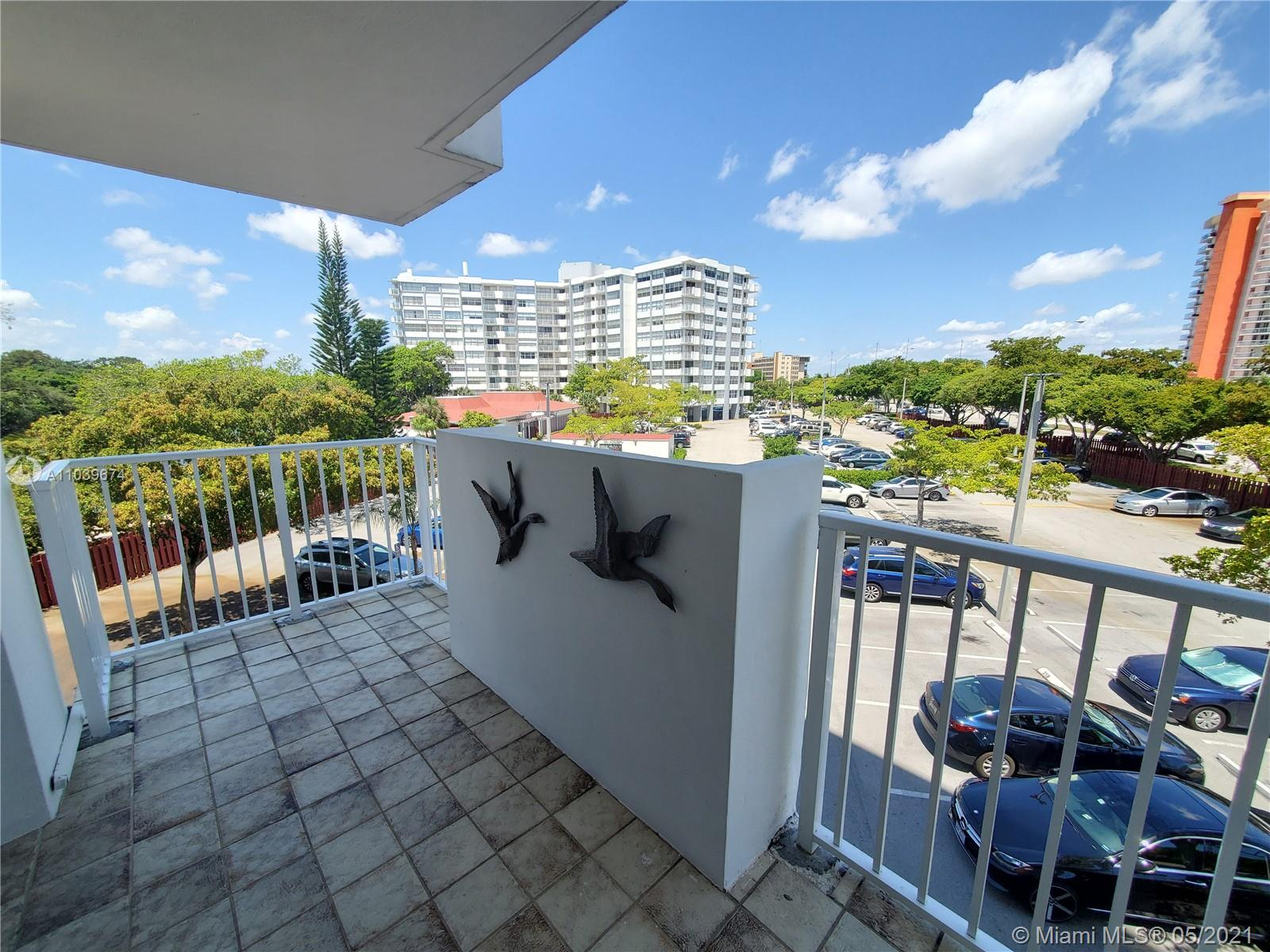 1300 Ne Miami Gardens Dr   313e