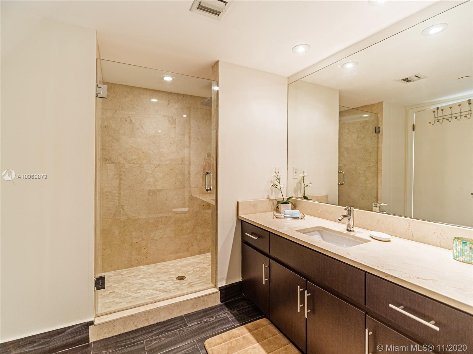 16425  Collins Ave   2312