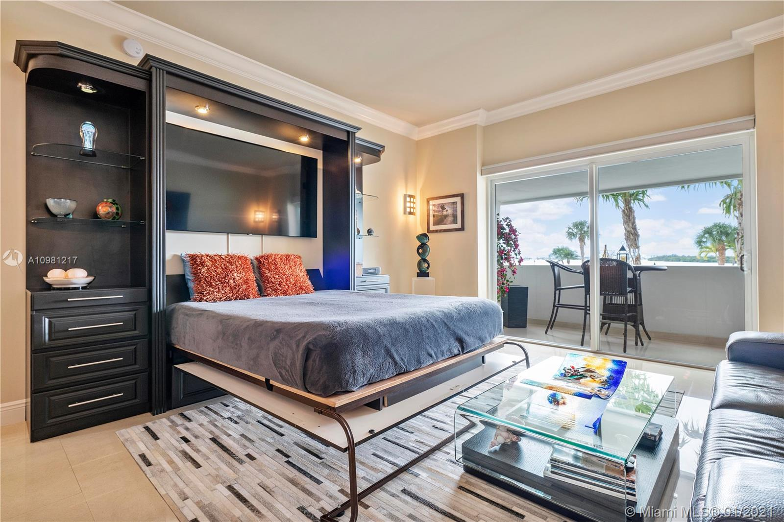 300  Bayview Dr   102