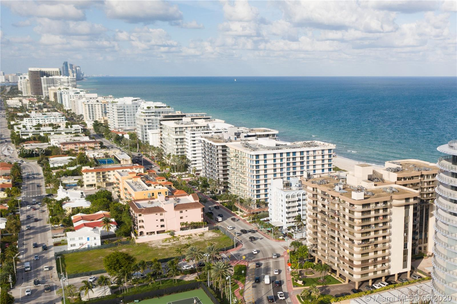 8777  Collins Ave   607