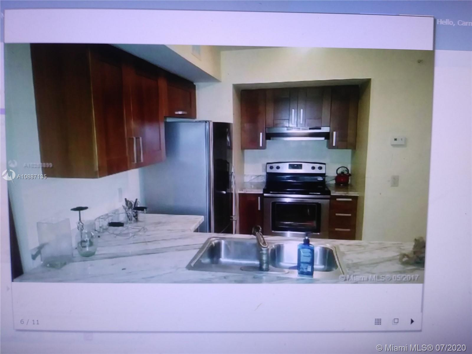 9499  Collins Ave   609